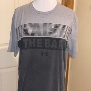 Under Armour T-shirt Size M